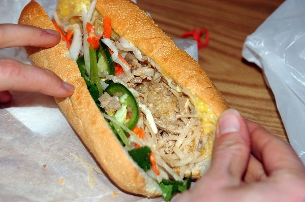 banh_mi_at_eden_center